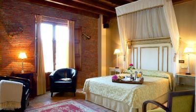 Hotel Posada La Robleda imagen