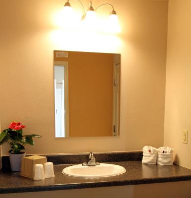Family Garden Inn Suites Laredo TX Bookingcom