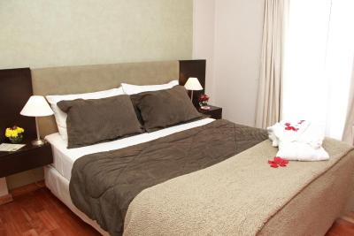 De Los Arroyos Apart Hotel - Image3