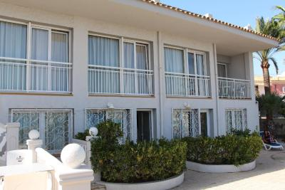 Hotel La Riviera fotografía