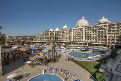 هتل زیبای زافیرا دلوکس آلانیا