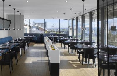 Hotel Radisson Blu Manchester Airport Hale Uk Booking Com