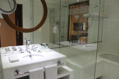 Hotel Four Points by Sheraton Bur Dubai, UAE - Booking.com