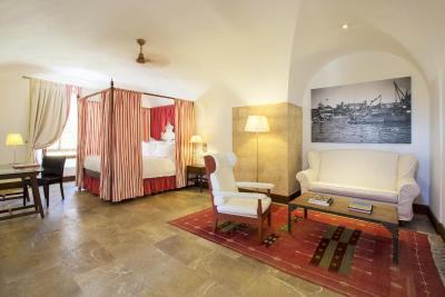 hotel cap rocat cala blava spain. Black Bedroom Furniture Sets. Home Design Ideas
