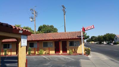 Slumber Motel Merced Hotel Photo
