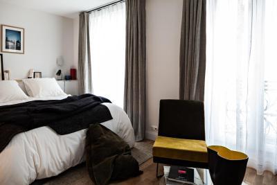 le pigalle hotel france paris. Black Bedroom Furniture Sets. Home Design Ideas