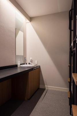 hostel grids tokyo nihombashi east  japan booking com