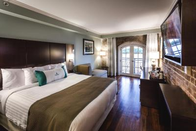 cotton sail hotel savannah ga. Black Bedroom Furniture Sets. Home Design Ideas