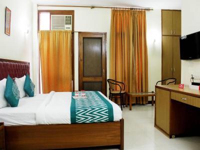 Hotel Oyo Rooms Connaught Place Near Pvr Rivoli New Delhi