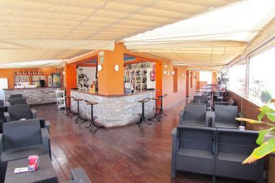 Imagen del Hotel Los Jerónimos y Terraza Monasterio