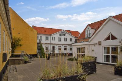 Hotel Marinella, Lønstrup – opdaterede priser for 2018
