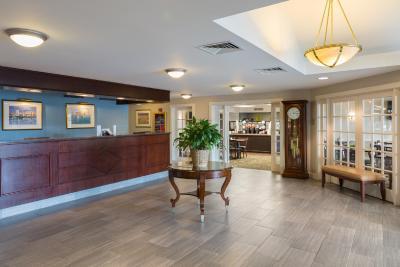 hotel ramada boston ma. Black Bedroom Furniture Sets. Home Design Ideas