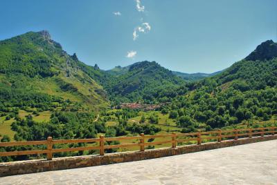 gran imagen de Viviendas Rurales El Cantón