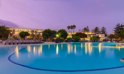Hotel h10 lanzarote princess playa blanca spain for Designhotel lanzarote