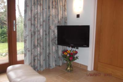 Bed And Breakfast The Garden Room Yeovil Uk Booking Com