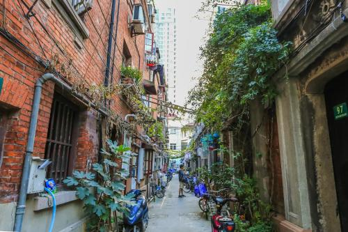 Vintage Shanghai Lane House