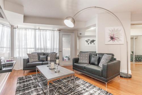 Toronto Estates Realty - Blue Jays Way