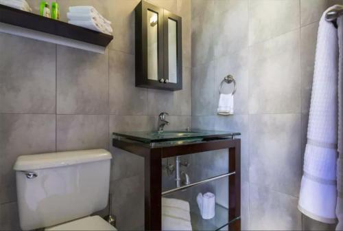 Ванна кімната в 315 Recinto Sur