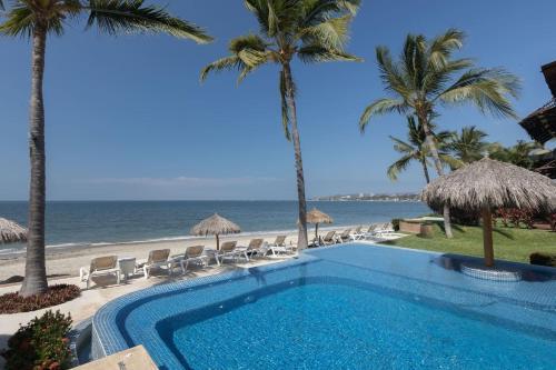 OCEAN DREAMS beach front apartment in Bucerias