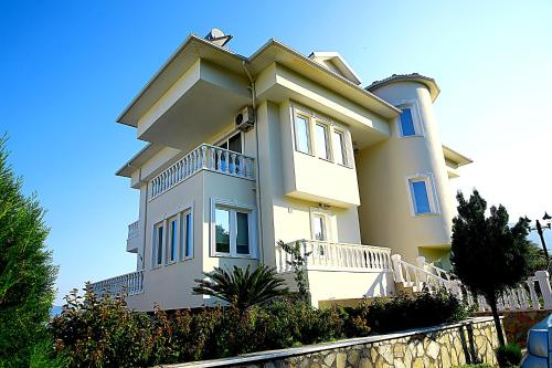 Villa Darina
