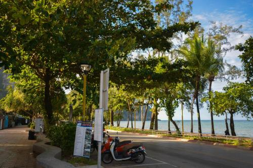 iRest Ao Nang Seafront