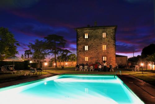 The swimming pool at or near Villa Il Palazzo