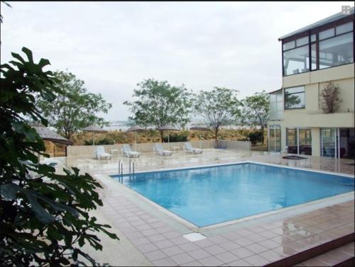 Hoteles en gebze con piscina for Hoteles baratos con piscina climatizada