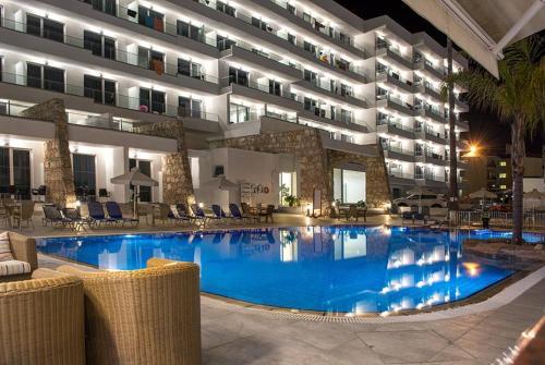 Melini Hotel Apartments, Protaras, Cyprus - Booking.com