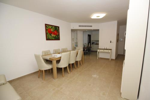Kosher Apartment Har Nof