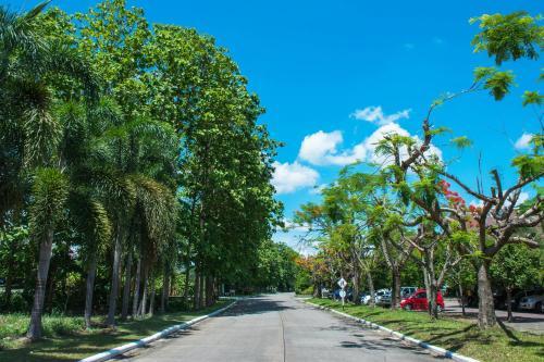 Chiang Mai Golf Green Valley Luxury Villa