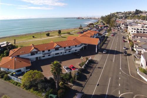 港景汽車旅館