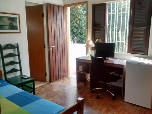 Sunny Interlagos Suite