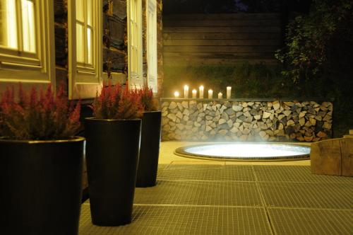 Dream Cottage with Jacuzzi and Garden, 10min from OLD TOWN
