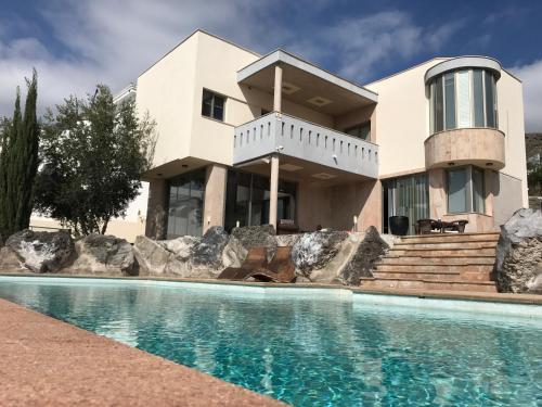 Villa Elisa