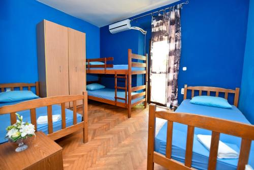 Simple&Central Hostel
