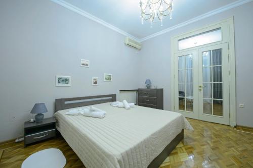 Royal Seaside Apartment