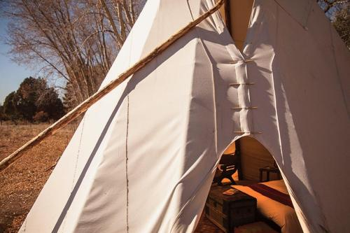 Taos Goji Farm & Eco-Lodge Retreat