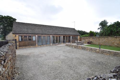 The Fold - Ash Farm Cotswolds