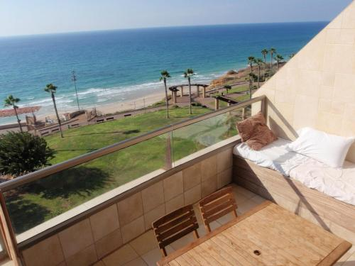 Netanya Dreams Luxury Apt.W02