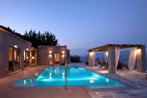 Πισίνα στο ή κοντά στο Celestia Villas