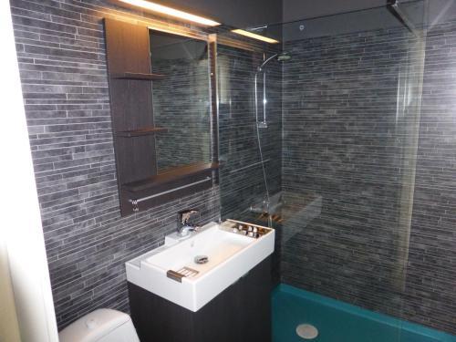 A bathroom at Holiday Home Byvägen 38