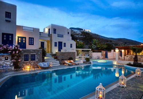 Folegandros Apartments