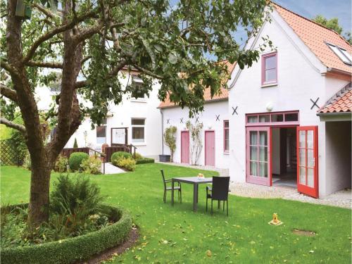 Holiday Home Lindenweg 04