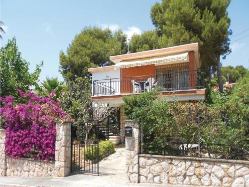 Three-Bedroom Holiday Home in Segur de Calafell
