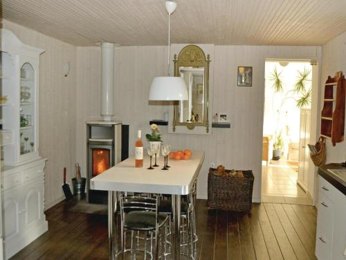 Holiday Home Pleurtuit with Fireplace 09