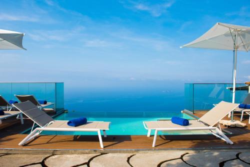 Piscina di Villa Degli Dei Luxury House o nelle vicinanze