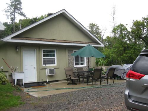 Capital Area Guest House Suite A