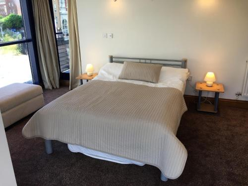 Charter House Apartment