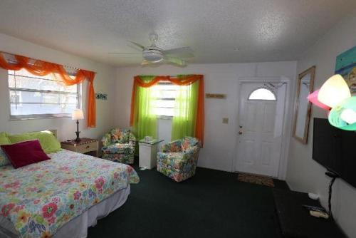 5583 Estero Villa 2 Beach Bungalow