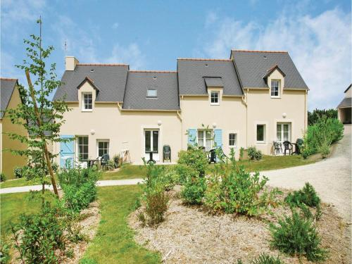 Two-Bedroom Holiday Home in Le Tronchet